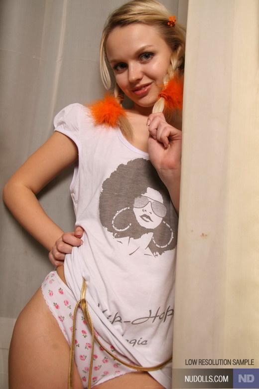 heartbreakers gallery 3282 NuDolls Zest girl 03 JPG