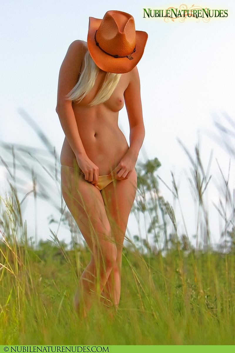 heartbreakers gallery 3723 SweetNatureNudes Tatyana Country Nudes 10 JPG